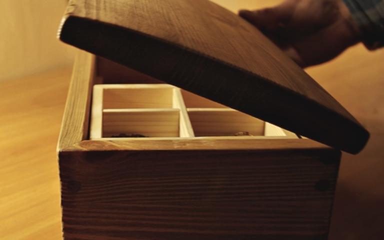 puitdisain, ehtekarp, puidust karp, kingitus emale, kingitus naisele, kingitus tüdrukule