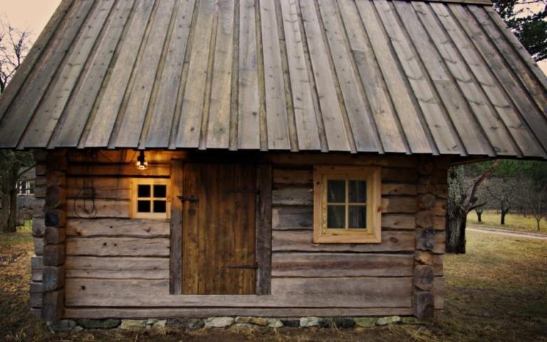 suitsusaun, palksaun, traditsiooniline käsitöö, taastatud, renoveeritud